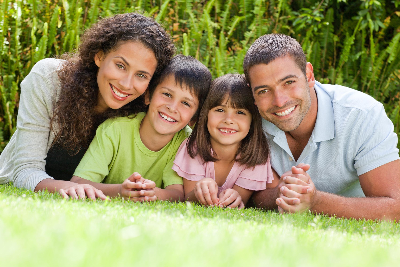 Cómo encontrar los mejores tipos de seguro de salud familiar